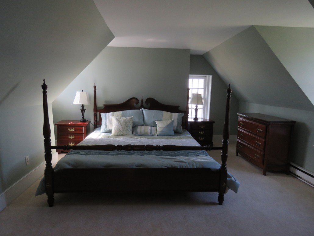 This is the highest room in Eagle Manor and the only king sized bed  The  back window overlooks the tree in which the Bald Eagles perch when they  visit Eagle. Rooms   Eagle Manor